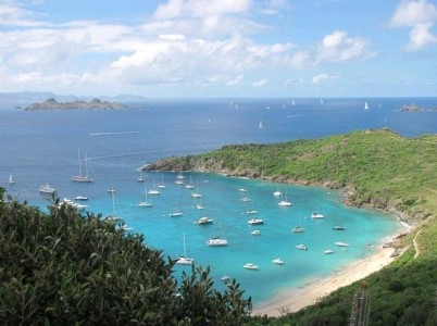Tintamarre - Anse Colombier (15 mn)
