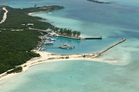 Highborne Cay - Norman's Cay (8.5MN)