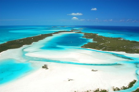 Norman's Cay - Warderick Wells Cay (21.8MN)