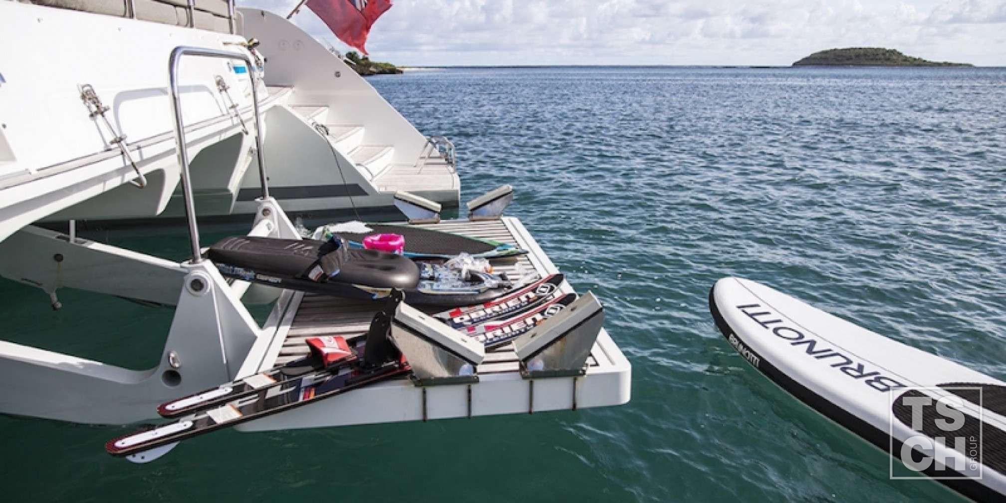 Vacoa Catamaran de Lujo Juegos de agua