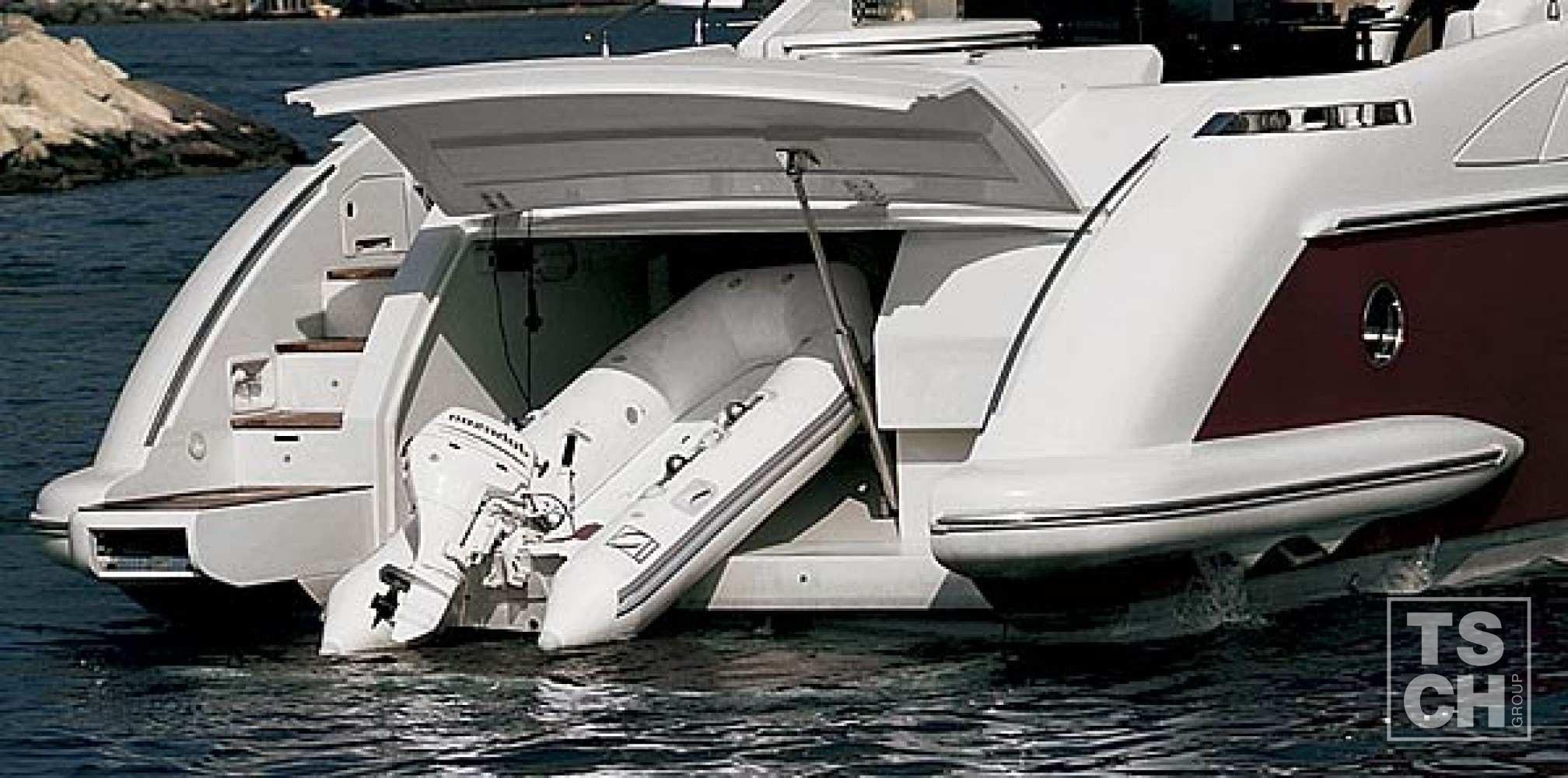 Yate de alquiler Azimut 68 Sport barca auxiliar