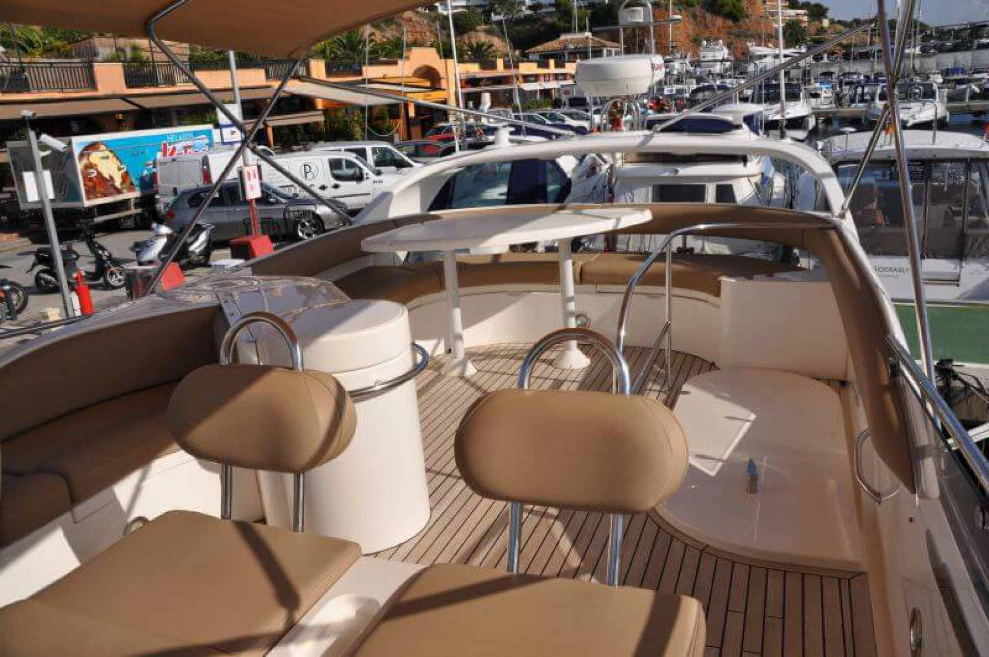 Yate de alquiler Fairline Phantom 50 flybridge