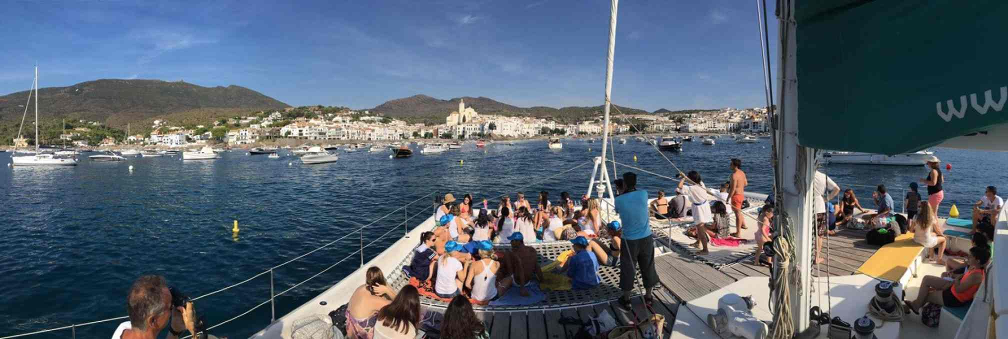 Magic Catamaranes charter day navegando