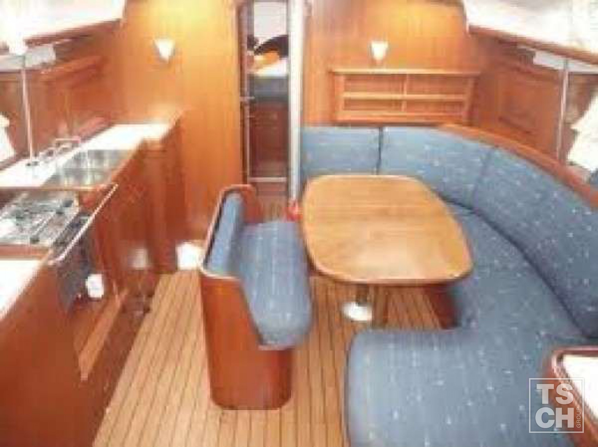 Oceanis Clipper 423_Salon