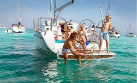 Bavaria 41 cruiser (3 cab) NEW en Grecia