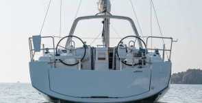 Oceanis 38.1 (3 cab) New in Italy