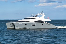 Sunreef 70 Power 'SKYLARK' en Francia, Italia