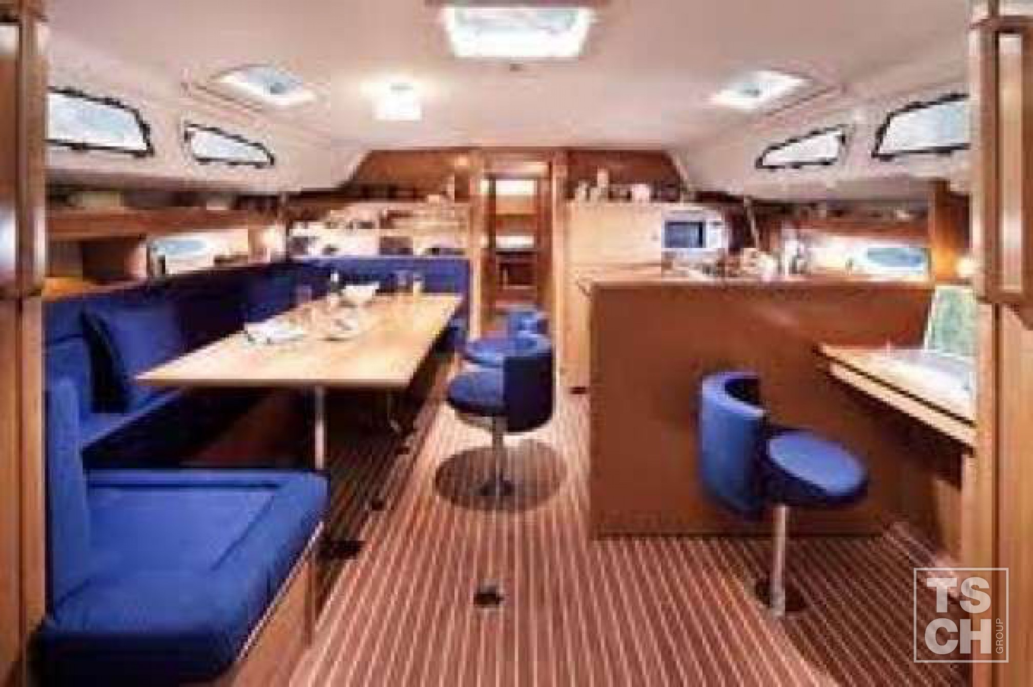 Bavaria 51 cruiser (5 cab)_Salon