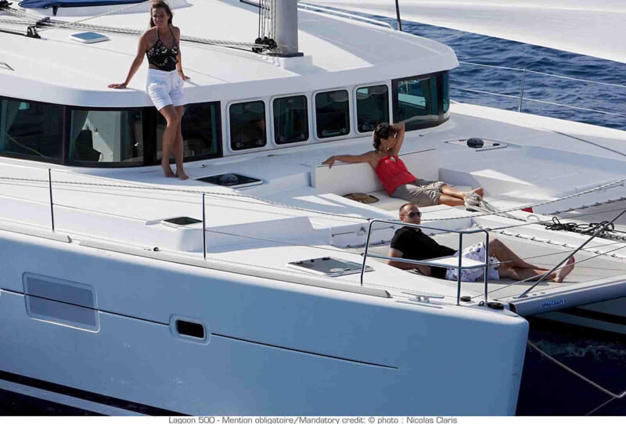 Catamarà de lloguer Lagoon 500 coberta